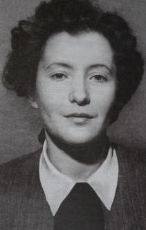 Ю. Друнина в студенческие годы