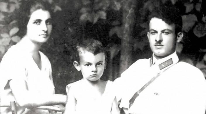 родители Булата Окуджавы