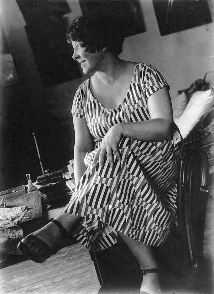 Варвара Степанова в платье из ткани по ее рисунку. 1924.