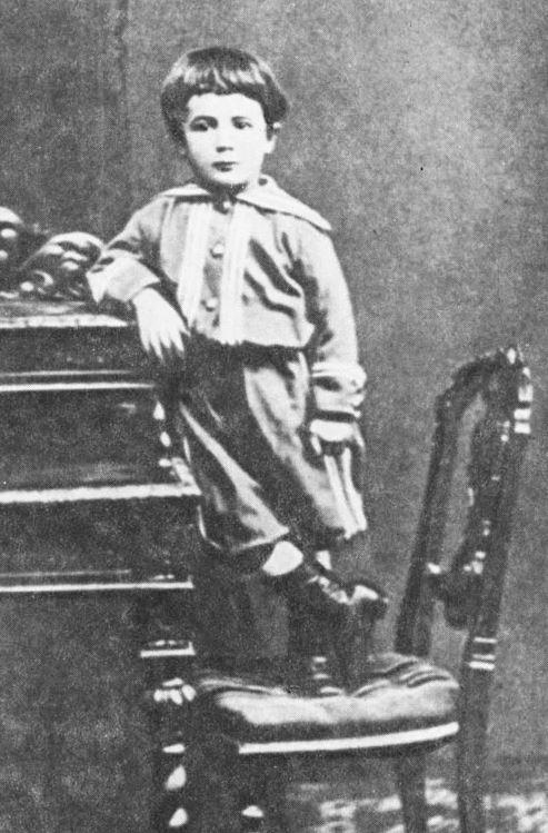 Александр Бенуа (1870-1960), Санкт-Петербург - Париж