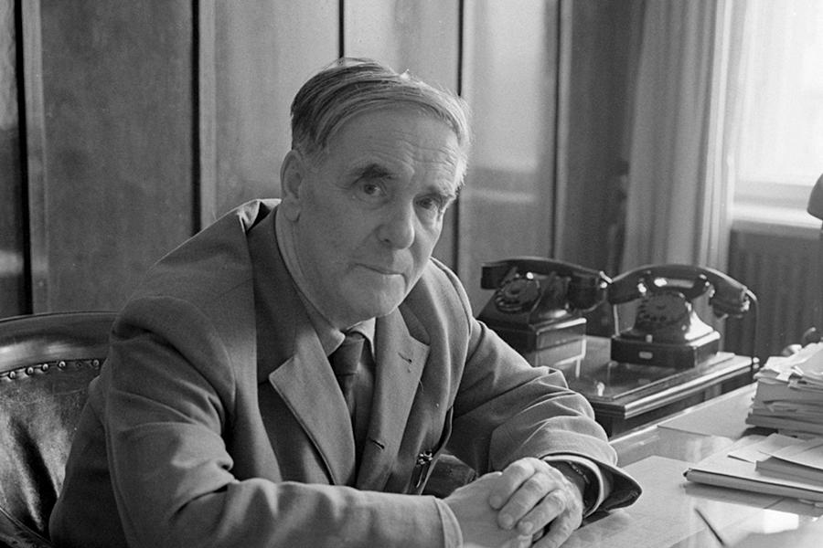 Капица Петр Леонидович (1894-1984), Кронштадт-Москва